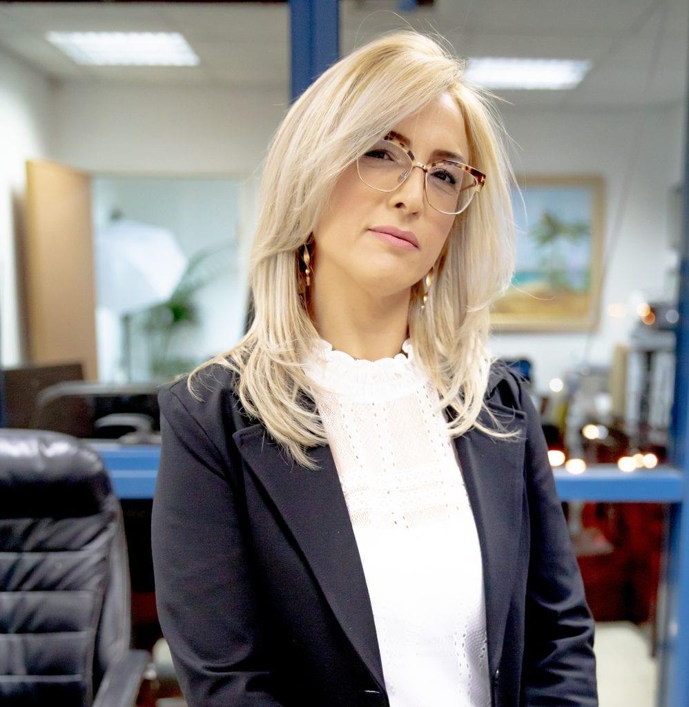 """עו""""ד ענבל אלוש-לוצאטו מגזין שבוע האופנה 2021"""